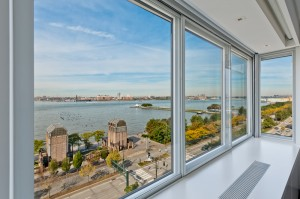 Cityproof Soundproof Window with 90 degree Corner Section - Facing the West Side Highway, NY